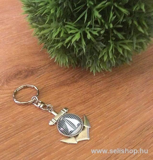 Kulcstartó TENGERÉSZ vitorlás - SeLiShop Ajándék Webáruház 6208b2f053