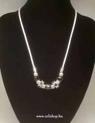 Nyaklánc SHALIMAR (1) gyöngy, strasszkő, fekete
