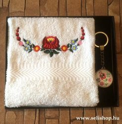Ajándékcsomag MAGYAROS (2) matyó mintás női ajándék, díszdobozban
