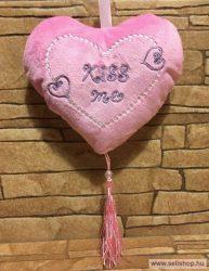 Díszpárna plüss SZÍV - KISS ME felirat, 15 cm rózsaszín
