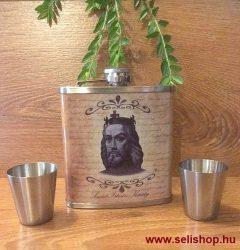 Flaska szett ISTVÁN KIRÁLY (1) kispohárral, magyaros férfi ajándék